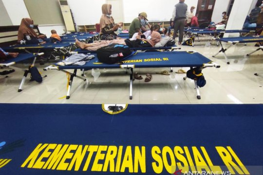 629 pengungsi korban gempa Sulawesi Barat tiba di Makassar