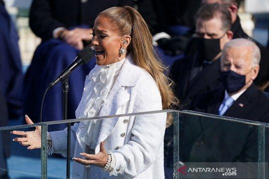 Penampilan Jennifer Lopez di pelantikan Joe Biden jadi perbincangan