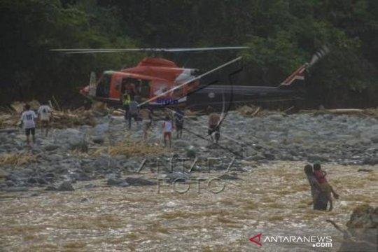 Distribusi Logistik Bantuan Banjir Melalui Jalur Udara