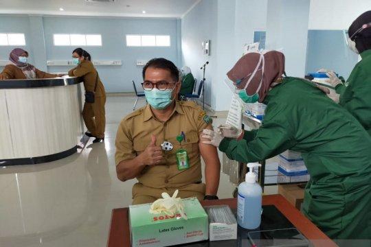 92 tenaga kesehatan di RSUD Belitung disuntik vaksin COVID-19