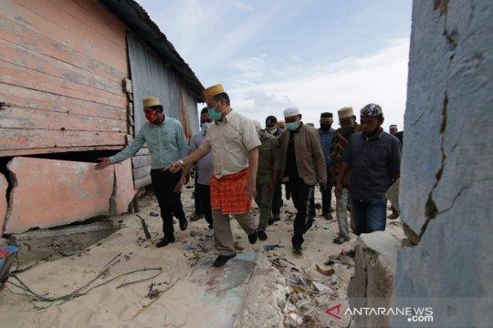 Pemprov Bangka Belitung akan relokasi 30 rumah yang hancur diterjang banjir rob