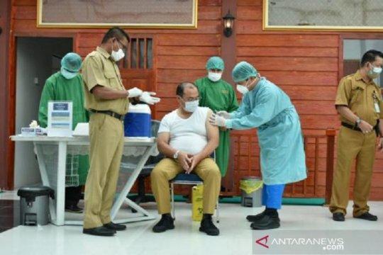 11.684 pejabat dan tenaga kesehatan Babel disuntik vaksin COVID-19
