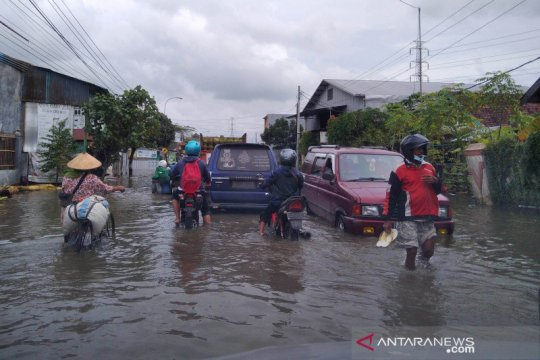 Dua titik jalan raya di Kudus masih terendam banjir