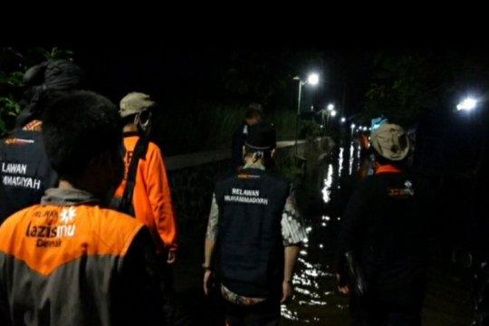 Muhammadiyah Jateng terjun ke lokasi banjir Demak, salurkan bantuan