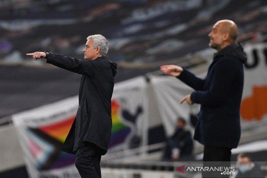 Jadwal lengkap Liga Inggris: Mampukah Mourinho merusak momentum City?