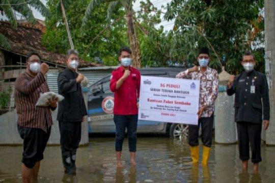 Semen Gresik beri bantuan kepada korban banjir Demak