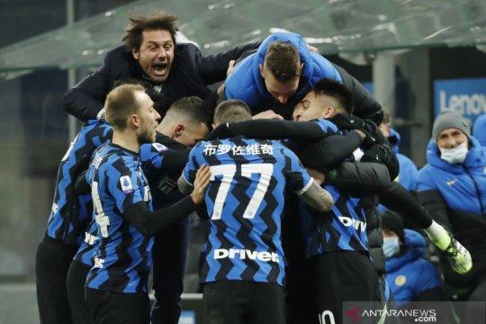 Inter rebut pucuk klasemen berkat kemenangan 3-1 atas Lazio