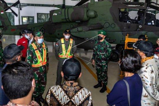 Kunjungan kerja DPR di di Skadron-11/Serbu Puspenerbad Page 3 Small