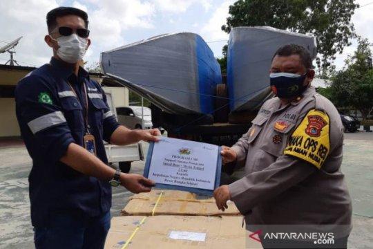 PT Timah menyerahkan dua kapal patroli amankan laut Bangka Selatan