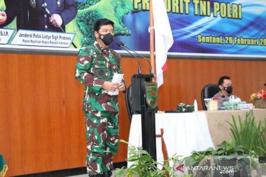 Panglima TNI-Kapolri mantapkan sinergi di Papua