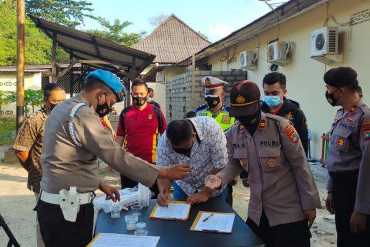 Propam Polda Babel tes urine ratusan polisi Bangka