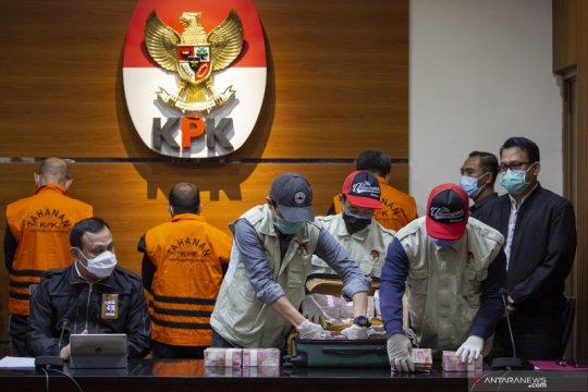 Gubernur Sulsel bantah terlibat suap, KPK: Kami punya bukti kuat