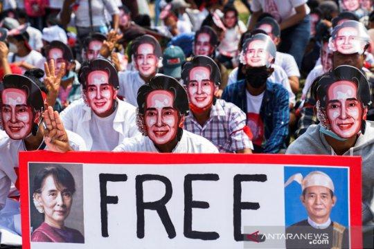 PBB kepada militer Myanmar: Bebaskan Aung San Suu Kyi sekarang