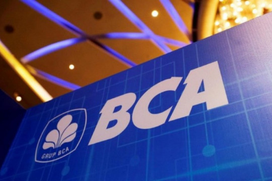 "Harga saham BBCA turun seiring  dengan rencana ""stock split"""