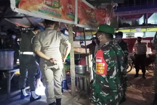 Kodim Jayapura patroli awasi penerapan protokol kesehatan COVID-19