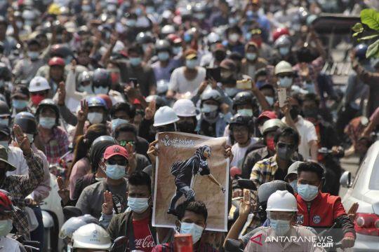 Pejabat partai Aung San Suu Kyi meninggal dunia dalam tahanan polisi