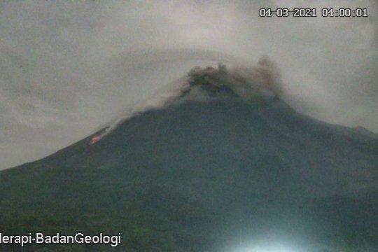Merapi luncurkan awan panas guguran sejauh 1.200 meter