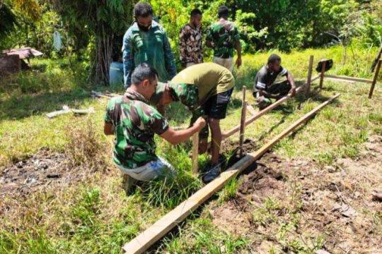Warga distrik Kawagit antusias bantu pembangunan rumah TMMD