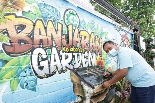 Pertamina Cilacap bersama warga sulap Jalan Banjaran jadi taman yang indah
