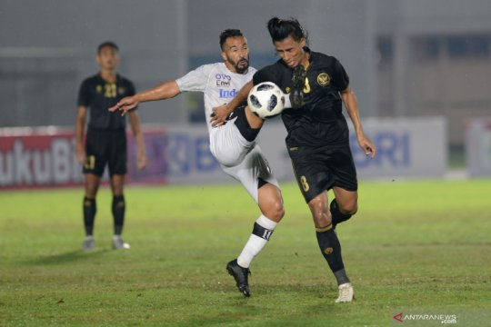 Pelatih Teco dipesani mainkan trio timnas Bali United minimal 45 menit