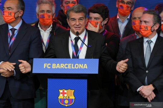 Lionel Messi selamati presiden baru Barcelona Joan Laporta