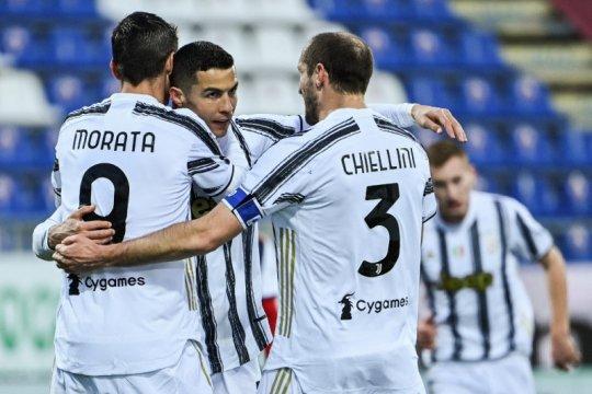 Cristiano Ronaldo cetak hattrick saat Juventus taklukkan Gagliari