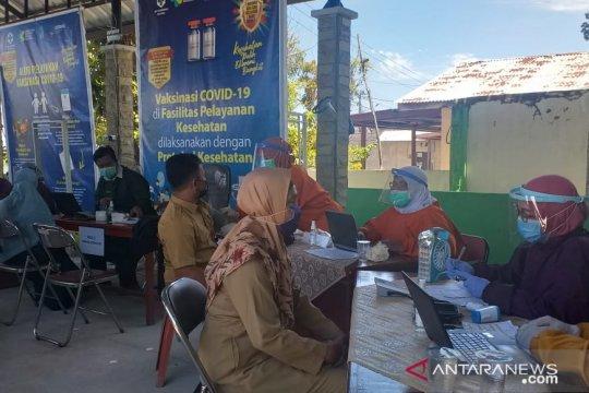 Bupati Belitung imbau warga yang belum divaksin bersabar