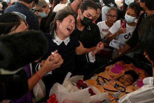 Gadis berusia 7 tahun tewas tertembak, Myanmar lakukan aksi mogok