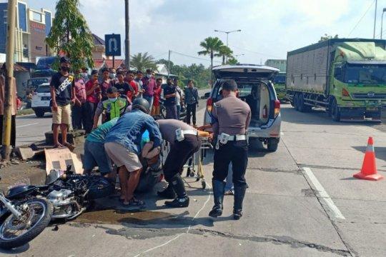 Pengendara sepeda motor di Kudus tewas tertabrak  karena melawan arus