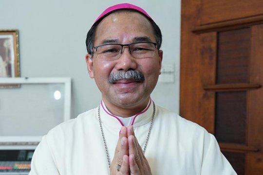 "Uskup Semarang sampaikan ""bela keprihatinan"" atas bom Makassar"