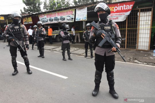 Polisi selidiki kaitan teroris Bekasi-Condet dengan bom Makassar