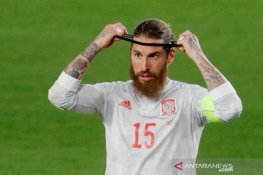 Real Madrid pastikan Ramos absen lawan Liverpool dan Barcelona