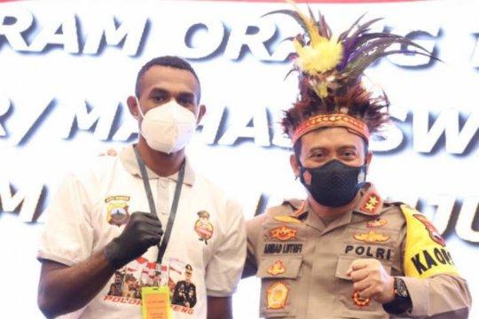 Polda Jateng luncurkan progam orang tua asuh  bagi pelajar Papua