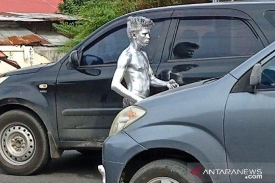 Manusia Perak