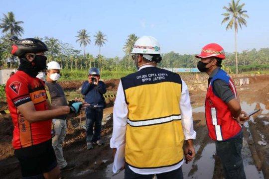 Ganjar gowes keliling Borobudur jadi mandor proyek
