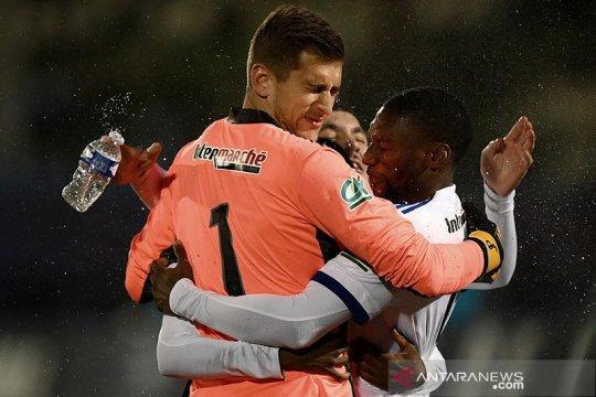Lyon melaju ke perempat final Piala Prancis