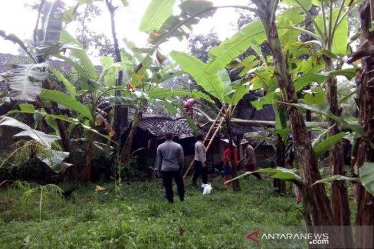 Rumah warga Karanggede Boyolali diterjang puting beliung