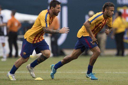 Messi rayu Neymar agar kembali gabung Barcelona