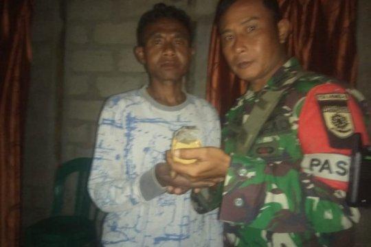 Warga serahkan granat aktif ke Satgas Pamtas RI-Timor Leste