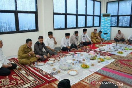 Laksanakan safari Ramadhan, Walikota Pangkalpinang berbuka puasa bersama OPD