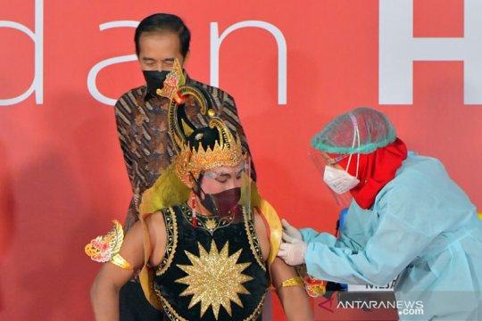 Pengendalian kasus COVID-19 menjadi kunci bergeraknya perekonomian Indonesia