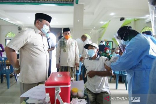 Sebanyak 13.815 lansia di Babel terima vaksinasi COVID-19