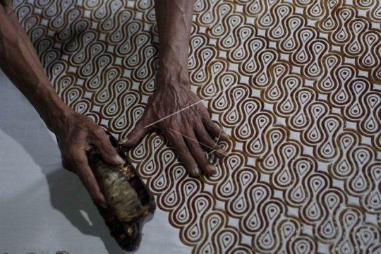 Sarung motif batik