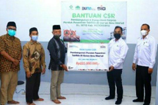 SIG serahkan bantuan pembangunan Ponpes Tahfidz Al-Qur'an Mojokerto