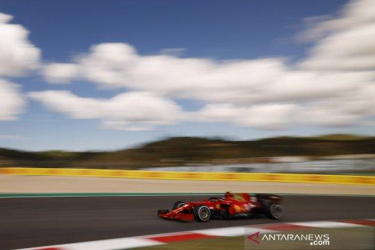 F1: Pembalap beraksi pada sesi latihan GP Portugal