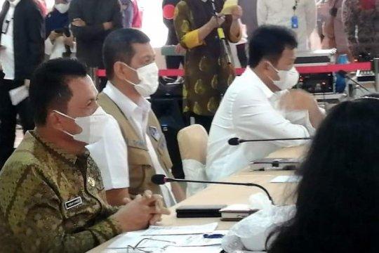 Pertemuan antara Gubernur H Ansar Ahmad dan Kepala BNPB Page 5 Small