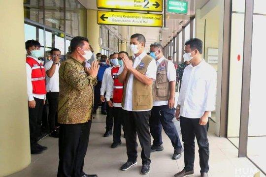 Pertemuan antara Gubernur H Ansar Ahmad dan Kepala BNPB Page 6 Small