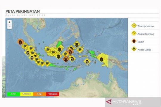 Sejumlah provinsi berpotensi hujan lebat disertai angin kencang