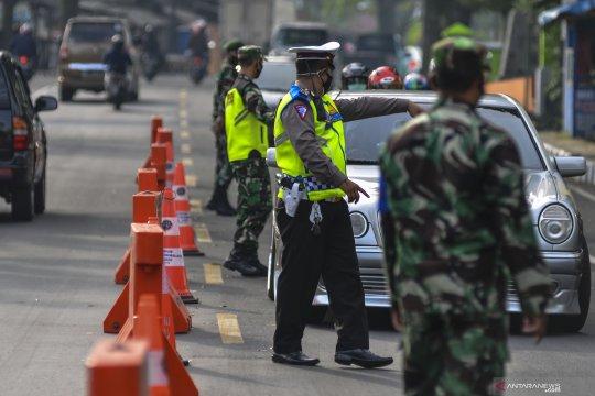 TNI AD bantah kerahkan tank lakukan penyekatan larangan mudik