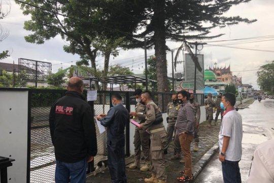 Langgar protokol kesehatan, kafe di Bukittinggi ditutup polisi